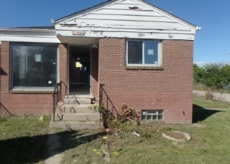 Foreclosed Home in Chicago 60628 W 99TH ST - Property ID: 4337639884