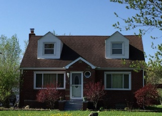 Foreclosed Home in Port Huron 48060 LAPEER RD - Property ID: 4337644697