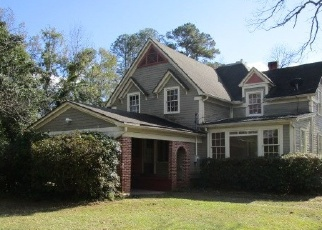 Foreclosed Home in Nashville 31639 W DENNIS AVE - Property ID: 4337693747