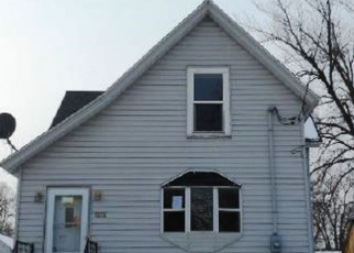 Foreclosed Home in Beloit 53511 BLUFF ST - Property ID: 4337804104
