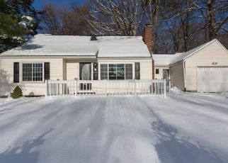 Foreclosed Home in Baldwinsville 13027 COLD SPRINGS RD - Property ID: 4337820315