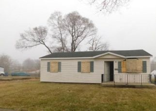 Foreclosed Home in Gary 46404 W 20TH AVE - Property ID: 4337854483