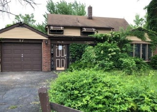 Foreclosed Home in Levittown 19057 GOLDENRIDGE DR - Property ID: 4337867177