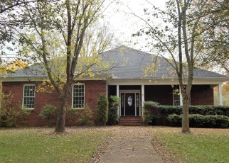 Foreclosed Home in Goodlettsville 37072 RACHEL DR - Property ID: 4338094489