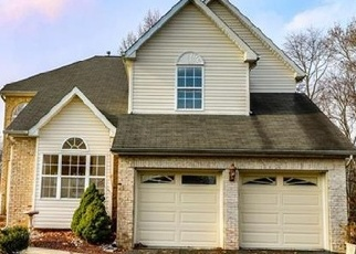 Foreclosed Home in Old Bridge 08857 CARTER DR - Property ID: 4338116388