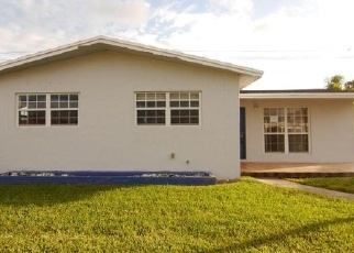 Foreclosed Home in Miami 33177 SW 188TH TER - Property ID: 4338153172