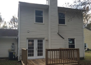 Foreclosed Home in Chesapeake 23320 THAMES CIR - Property ID: 4338157562