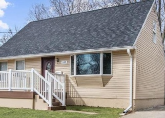 Foreclosed Home in Wenonah 08090 CARVER DR - Property ID: 4338191280