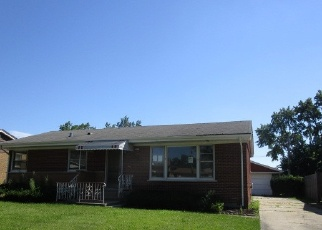 Foreclosed Home in Chicago Heights 60411 N MAPLE DR - Property ID: 4338195218
