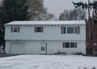 Foreclosed Home in Oswego 13126 STANLEY AVE - Property ID: 4338204870