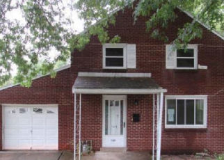 Foreclosed Home in Pittsburgh 15235 BETTY JANE CT - Property ID: 4338236391