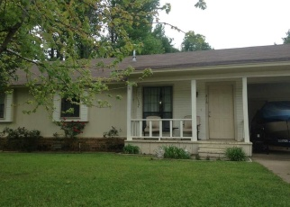 Foreclosed Home in Texarkana 75501 N KENWOOD RD - Property ID: 4338302532
