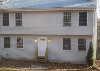Foreclosed Home in New Hartford 06057 STEELE RD - Property ID: 4338348517