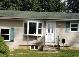 Foreclosed Home in Bay Shore 11706 CENTRAL BLVD - Property ID: 4338366923