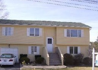 Foreclosed Home in Patchogue 11772 HIGHLAND AVE - Property ID: 4338436551