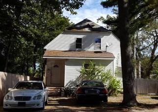Foreclosed Home in Brentwood 11717 3RD ST - Property ID: 4338539470