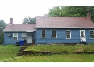 Foreclosed Home in Taunton 02780 GLEBE ST - Property ID: 4338561815