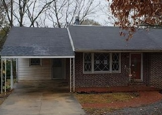 Foreclosed Home in Lanett 36863 S 13TH AVE - Property ID: 4338586331