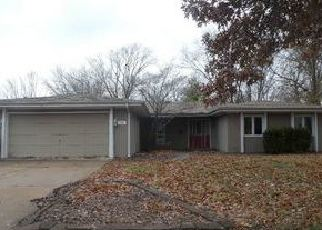 Foreclosed Home in Springfield 62704 LARCHMONT DR - Property ID: 4338707212