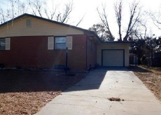 Foreclosed Home in Hutchinson 67502 E 20TH AVE - Property ID: 4338784295