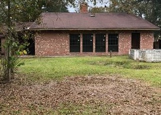 Foreclosed Home in Denham Springs 70706 EAGLE DR - Property ID: 4338811454