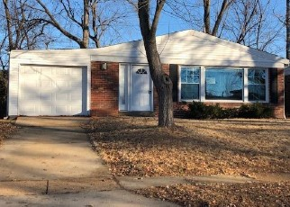 Foreclosed Home in Saint Louis 63130 HAZELWOOD LN - Property ID: 4338886794