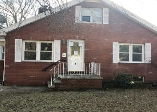 Foreclosed Home in Spotswood 08884 WALNUT ST - Property ID: 4338938466