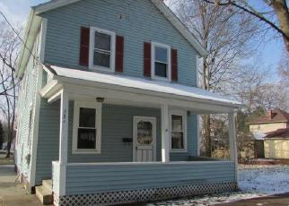 Foreclosed Home in Ravenna 44266 CLINTON ST - Property ID: 4339004157