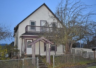 Foreclosed Home in Myrtle Point 97458 CEDAR ST - Property ID: 4339033959