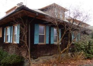 Foreclosed Home in Glenside 19038 PAPER MILL RD - Property ID: 4339043582