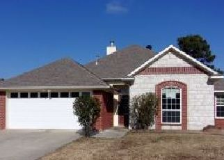 Foreclosed Home in Texarkana 75501 QUAIL BROOK DR - Property ID: 4339119343