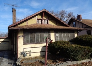 Foreclosed Home in Harvey 60426 E 150TH ST - Property ID: 4339198181