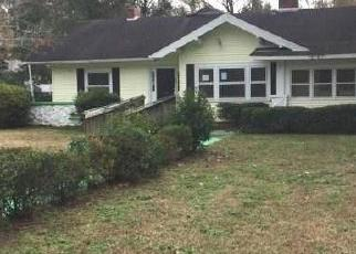 Foreclosed Home in Timmonsville 29161 W BYRD ST - Property ID: 4339219201