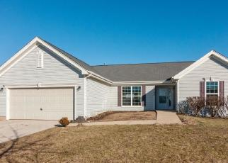 Foreclosed Home in Yorkville 60560 GOLDENROD DR - Property ID: 4339284465