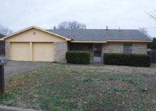 Foreclosed Home in Hewitt 76643 DIXON DR - Property ID: 4339319505