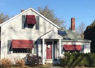 Foreclosed Home in South Dartmouth 02748 ROCK ODUNDEE RD - Property ID: 4339337908