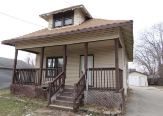 Foreclosed Home in Neenah 54956 PLUMMER AVE - Property ID: 4339357615
