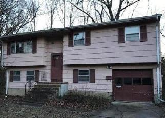 Foreclosed Home in Spotswood 08884 MORRIS AVE - Property ID: 4339396590