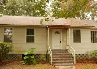 Foreclosed Home in Mobile 36611 3RD ST - Property ID: 4339457912