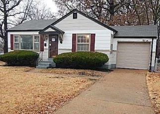 Foreclosed Home in Saint Louis 63137 ODESSA DR - Property ID: 4339471930