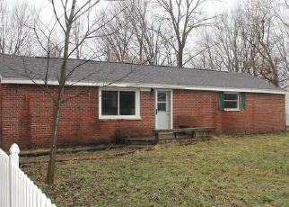 Foreclosed Home in Lansing 48911 S WAVERLY RD - Property ID: 4339568269