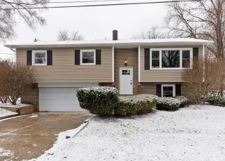 Foreclosed Home in Geneva 60134 MAPLE CT - Property ID: 4339601560