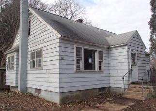 Foreclosed Home in Cicero 13039 S BAY RD - Property ID: 4339698797