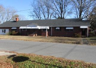 Foreclosed Home in Chesapeake 23324 OLIVER AVE - Property ID: 4339730319