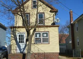 Foreclosed Home in Paulsboro 08066 CAPITOL ST - Property ID: 4339903317
