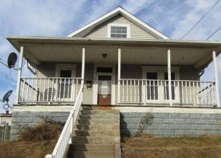 Foreclosed Home in Moundsville 26041 WALNUT AVE - Property ID: 4339945813