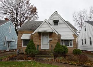 Foreclosed Home in Cleveland 44129 RENWOOD DR - Property ID: 4339980405