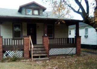 Foreclosed Home in East Saint Louis 62204 CASEYVILLE AVE - Property ID: 4340027713