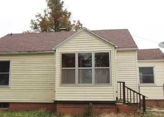 Foreclosed Home in Vandalia 62471 W SOUTH ST - Property ID: 4340123629