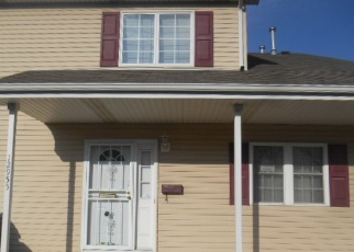 Foreclosed Home in Riverdale 60827 S MAY ST - Property ID: 4340125373